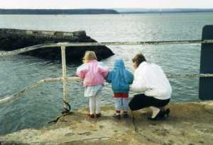 Vicki Gavin Sue mum Poole 1987 980